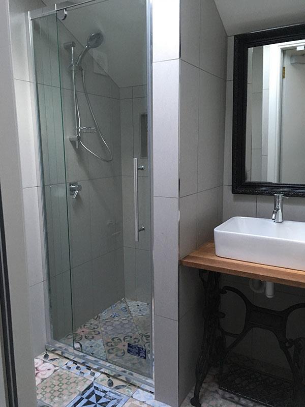bathroom-2-800